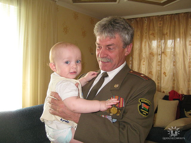 Vladimir Kulpin s vnukom 09.05.2010