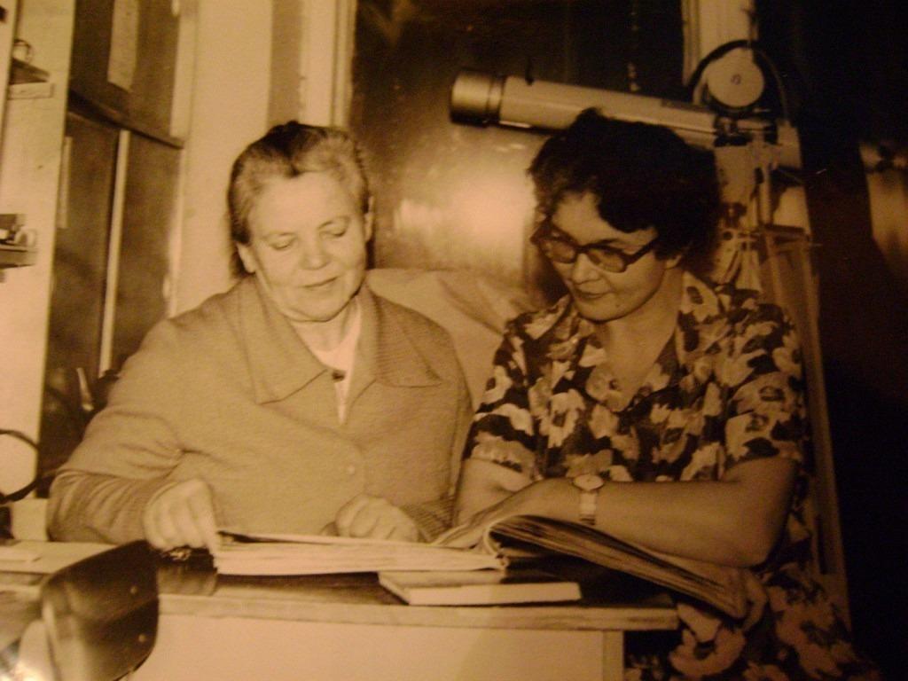 Учителя физики Голубева Е. Е. и Лемещук А. И.
